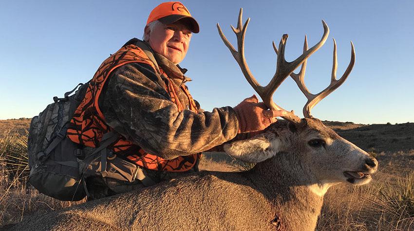 High Fence Mule Deer Hunts In Nebraska Image Of Deer